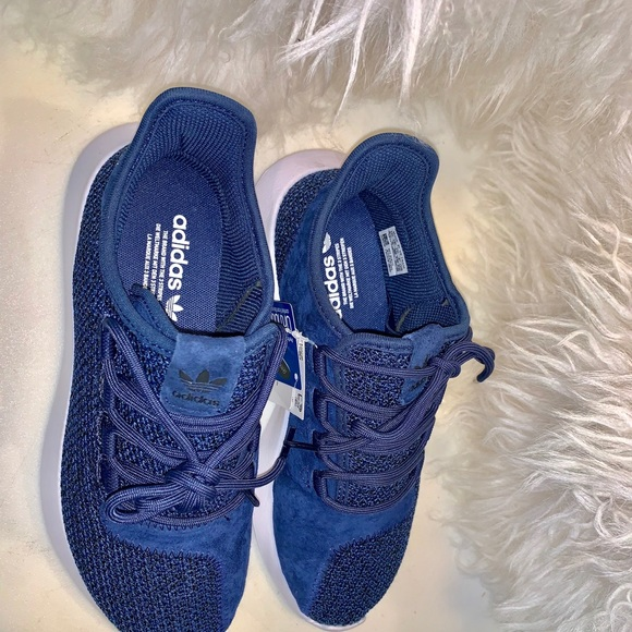 adidas Shoes - NWT ADIDAS TUBULAR SHADOW SHOES